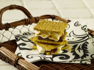 Talk about gourmet S'mores! Try this one on for size!