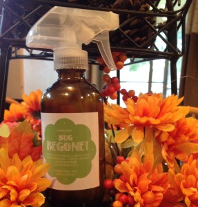 Don't want to spray chemical on your kids to keep those bugs away? Then make your own all natural bug spray!